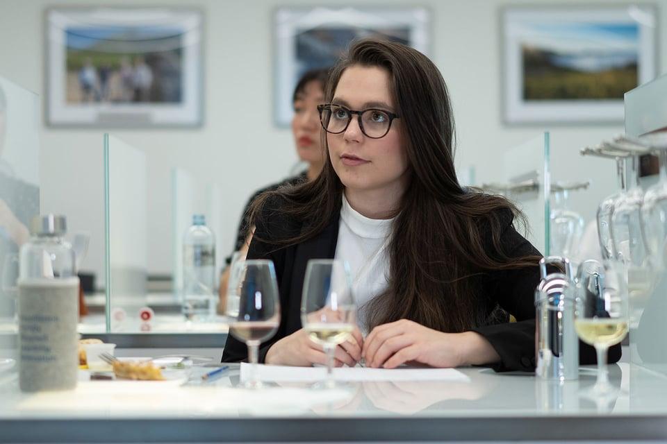 1440x960-EHL-student-wine-3
