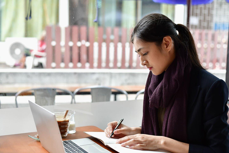 1440x960-coffee-shop-study