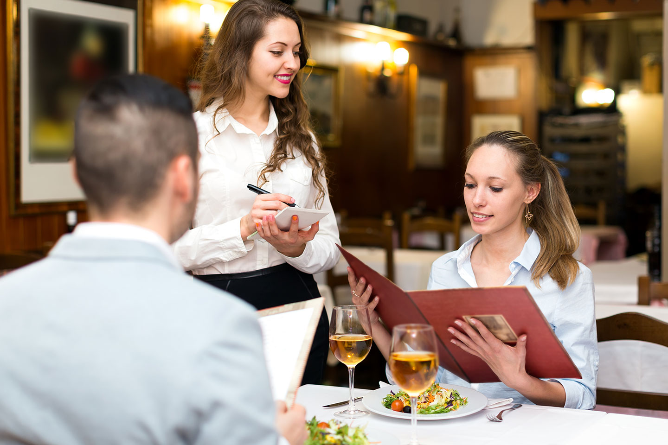 1440x960-customer-service-skills-1