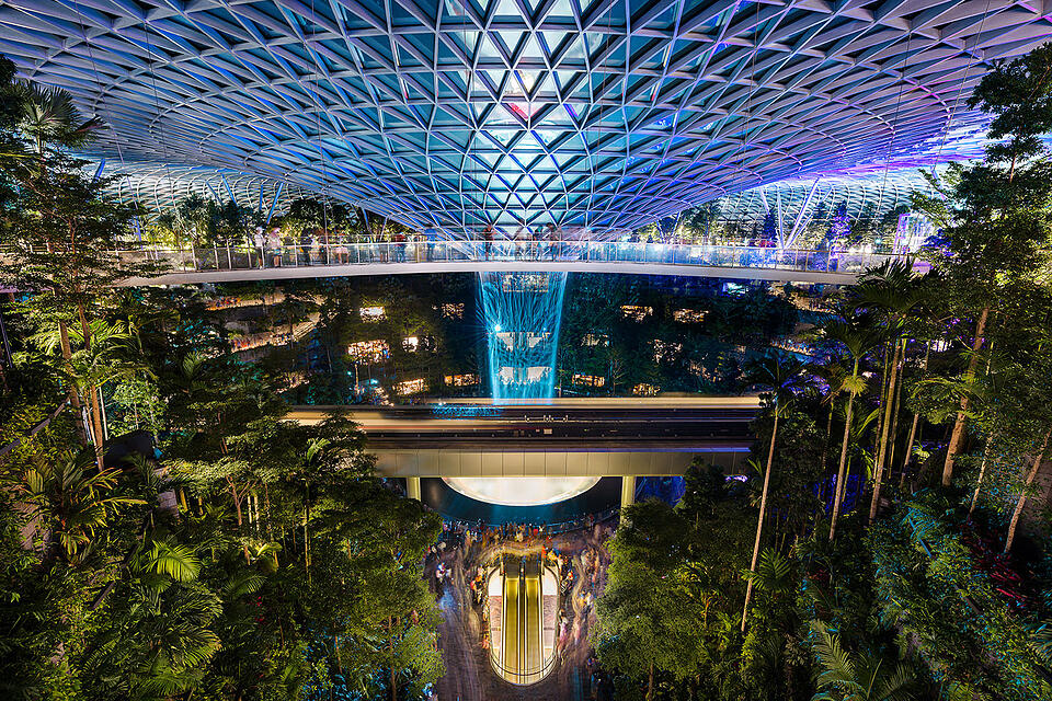 1440x960-shopping-singapore-2