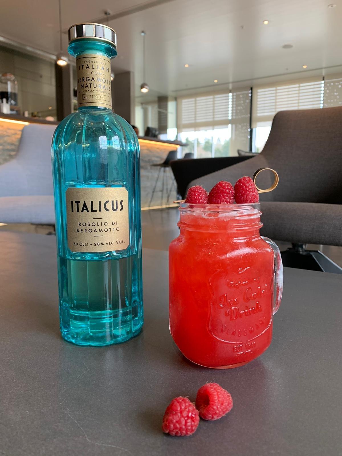 Random Cocktail