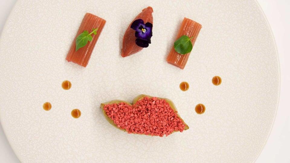 foie_gras_snacke_et_fraises_croustillantes